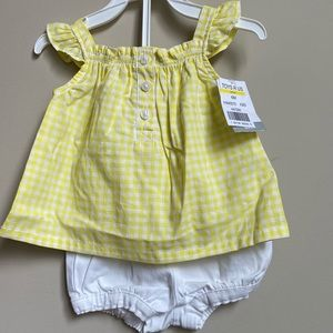 Carter's baby girl 2pc set 6months
